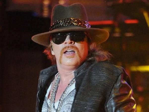 Guns N' Roses con nueva canción Axl-rose-guns-and-roses-2013-600x450